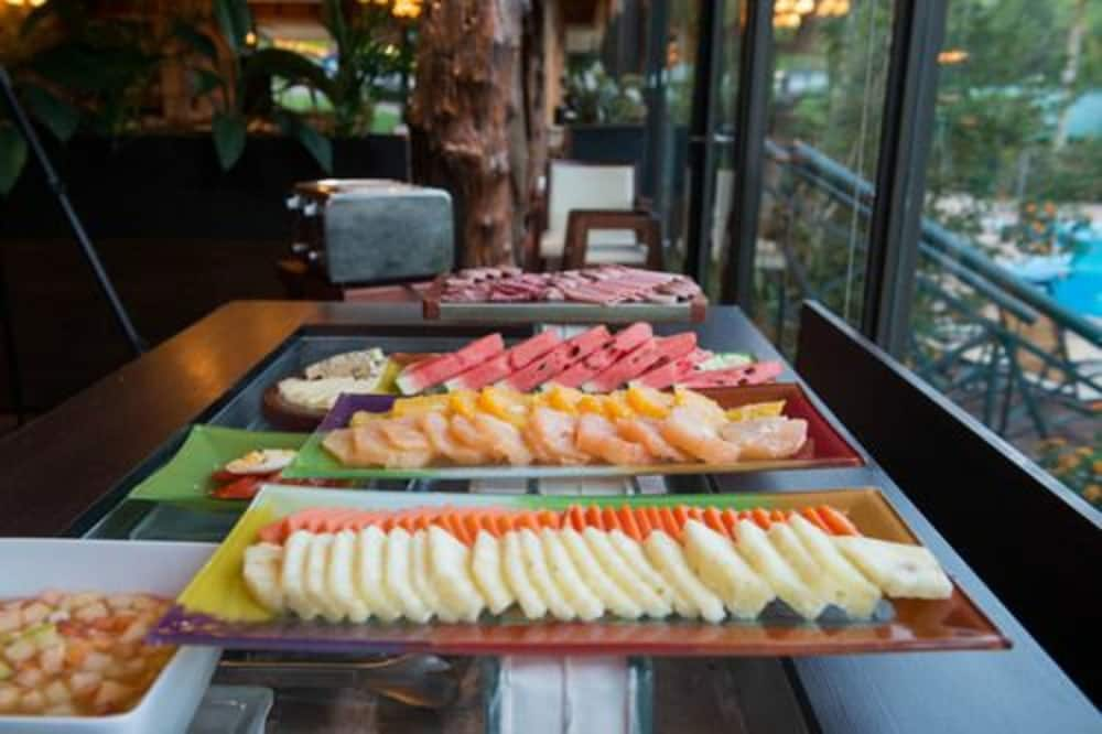 이구아수 정글 로지(Iguazú Jungle Lodge) Hotel Image 38 - Breakfast buffet