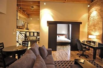 Room, 2 Bedrooms, Mezzanine