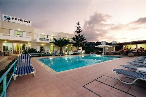 . Niriides Hotel