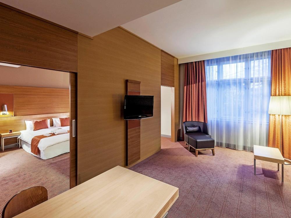 머큐어 오스트라바 센터 호텔(Mercure Ostrava Center Hotel) Hotel Image 4 - Guestroom