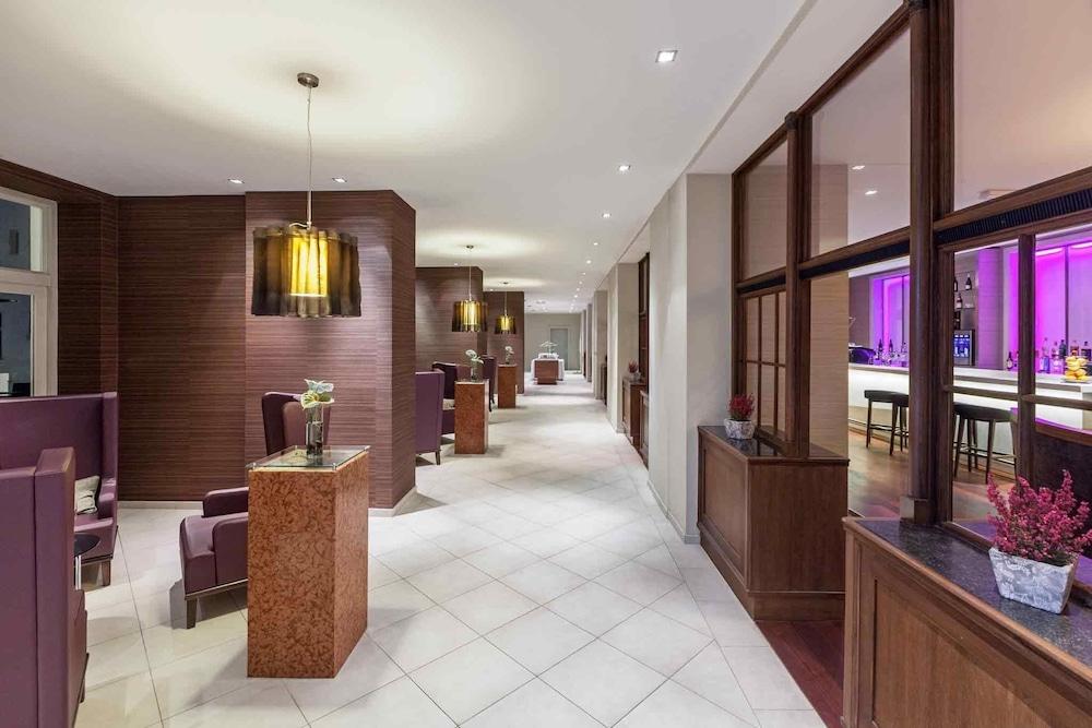 머큐어 오스트라바 센터 호텔(Mercure Ostrava Center Hotel) Hotel Image 1 - Lobby Sitting Area