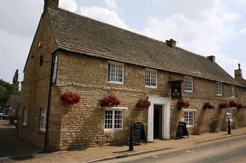Queens Head Inn, Northamptonshire