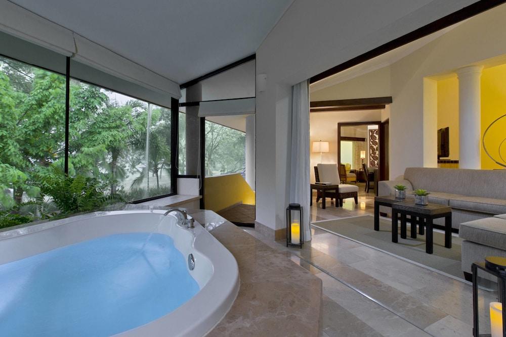 더 웨스틴 골프 리조트 & 스파, 플라야 콘찰 - 올 인클루시브(The Westin Golf Resort & Spa, Playa Conchal - All Inclusive) Hotel Image 82 - Beach