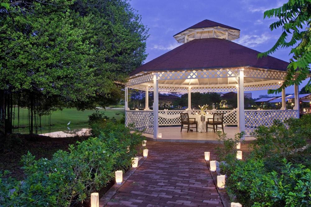 더 웨스틴 골프 리조트 & 스파, 플라야 콘찰 - 올 인클루시브(The Westin Golf Resort & Spa, Playa Conchal - All Inclusive) Hotel Image 61 - Restaurant