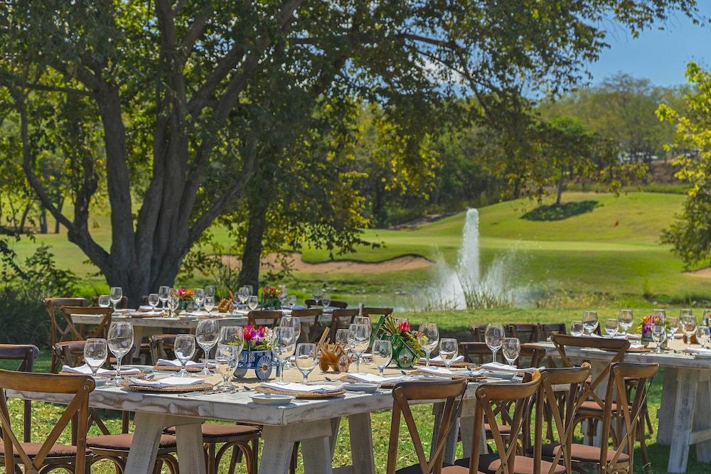 더 웨스틴 골프 리조트 & 스파, 플라야 콘찰 - 올 인클루시브(The Westin Golf Resort & Spa, Playa Conchal - All Inclusive) Hotel Image 76 - Meeting Facility