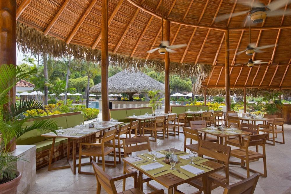더 웨스틴 골프 리조트 & 스파, 플라야 콘찰 - 올 인클루시브(The Westin Golf Resort & Spa, Playa Conchal - All Inclusive) Hotel Image 65 - Restaurant