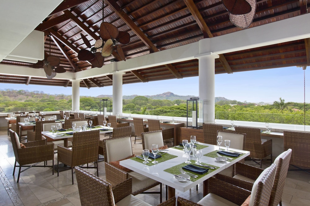 더 웨스틴 골프 리조트 & 스파, 플라야 콘찰 - 올 인클루시브(The Westin Golf Resort & Spa, Playa Conchal - All Inclusive) Hotel Image 67 - Restaurant