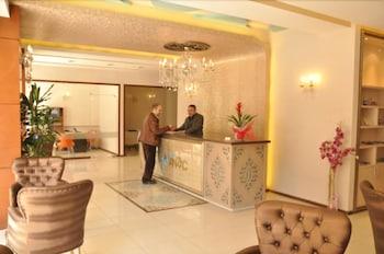 그랜드 안작 호텔(Grand Anzac Hotel) Hotel Image 1 - Lobby