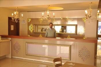 그랜드 안작 호텔(Grand Anzac Hotel) Hotel Image 17 - Breakfast Area