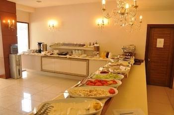 그랜드 안작 호텔(Grand Anzac Hotel) Hotel Image 21 - Buffet
