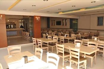 그랜드 안작 호텔(Grand Anzac Hotel) Hotel Image 15 - Breakfast Area