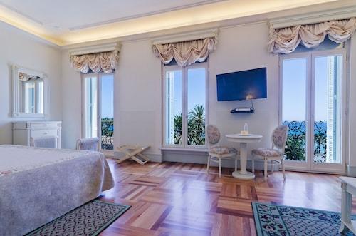 __{offers.Best_flights}__ Hotel De Paris Sanremo