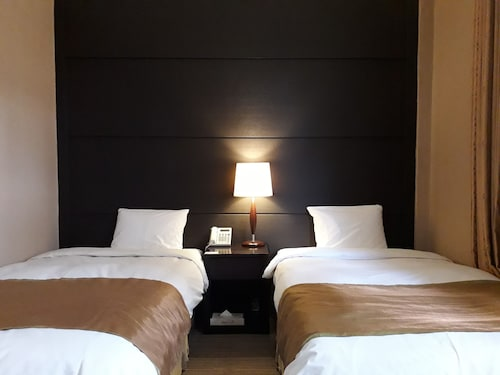 . Commodore Hotel Pohang