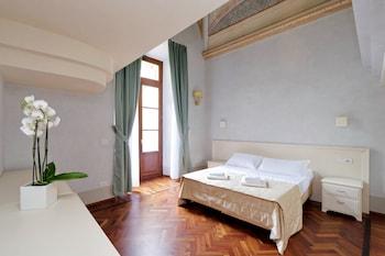 Family Apartment, 3 Bedrooms (9/B, Borgo Albizi 29)