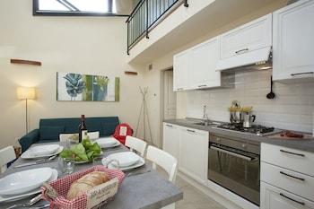Duplex, 2 Bedrooms (4/A , Borgo Albizi 29 - Lift)