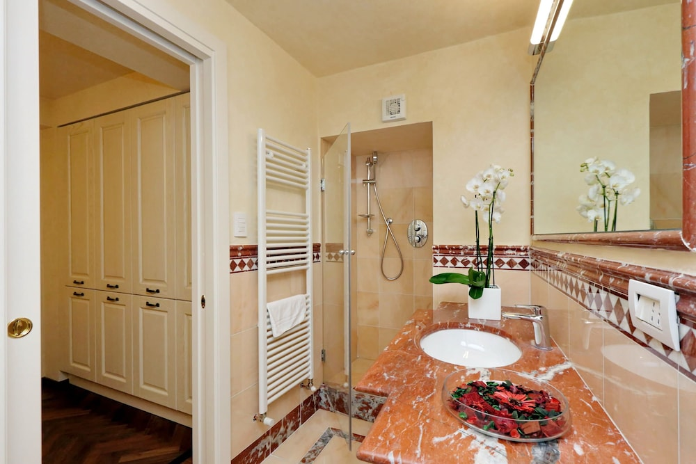 Apartment, 2 Bedrooms (Duomo 3, Piazza San Giovanni 5 - Lift)