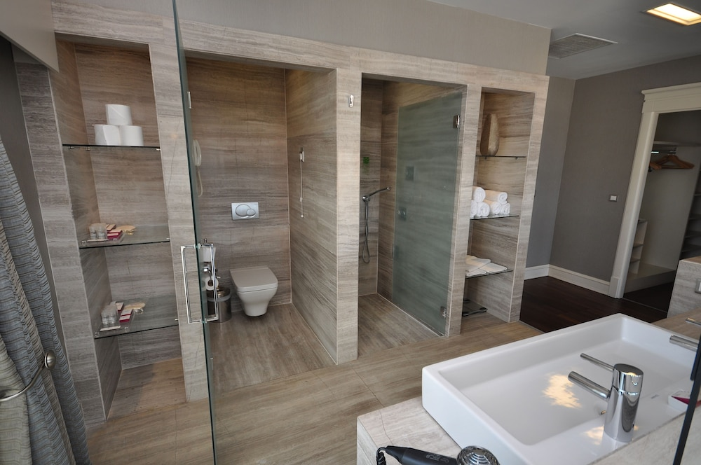 레브니 호텔 & 스파(Levni Hotel & Spa) Hotel Image 33 - Bathroom