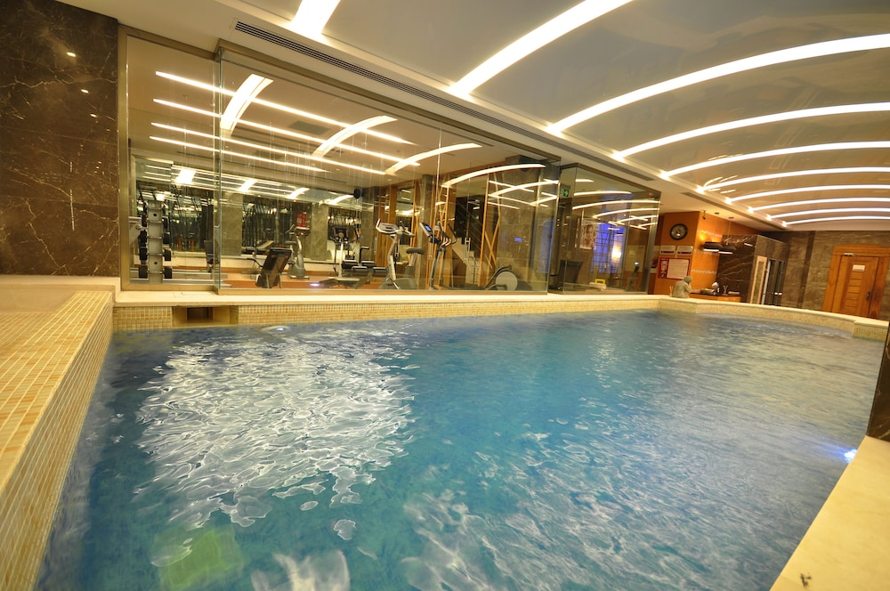 레브니 호텔 & 스파(Levni Hotel & Spa) Hotel Image 48 - Indoor Spa Tub
