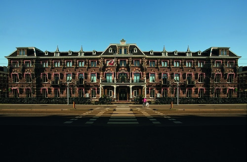 . The Manor Amsterdam