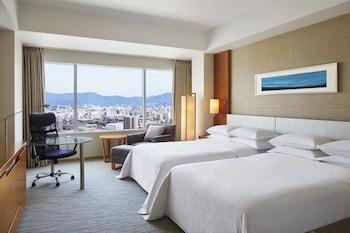 Twin Room デラックス ルーム ダブルベッド 2 台 シティビュー|35㎡|シェラトングランドホテル広島
