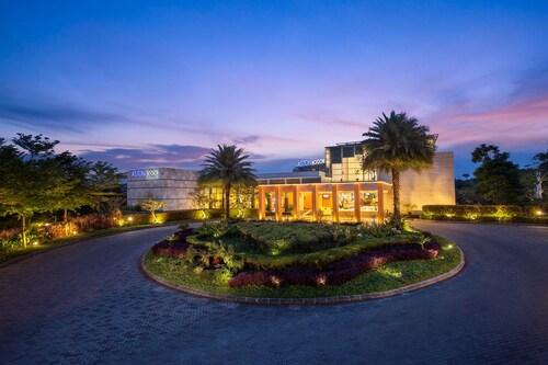 . Aston Bogor Hotel and Resort