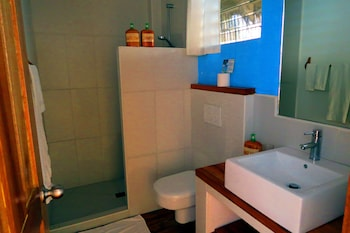 Tepanee Beach Resort Malapascua Bathroom