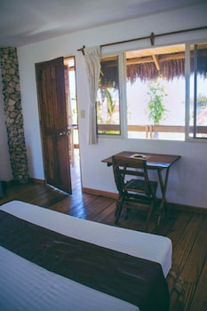 Tepanee Beach Resort Malapascua Guestroom