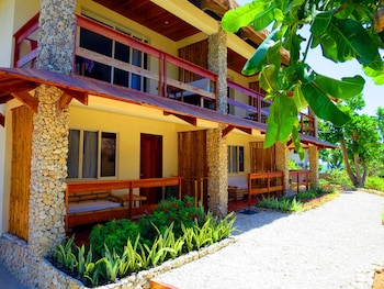 Tepanee Beach Resort Malapascua