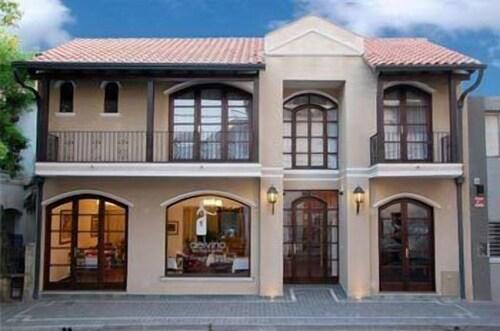 . Delvino Boutique Hotel