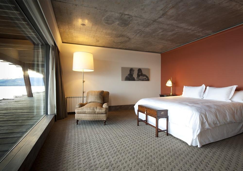https://i.travelapi.com/hotels/5000000/4190000/4182700/4182655/5b6f210e_z.jpg