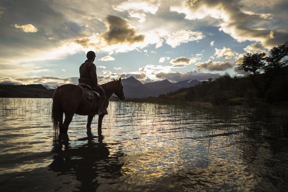 디 싱귤러 패타고니아(The Singular Patagonia) Hotel Image 49 - Horse Riding
