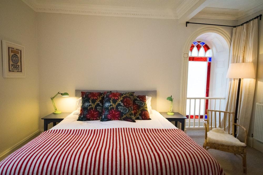 브라운버 홀(Brownber Hall) Hotel Image 32 - Guestroom
