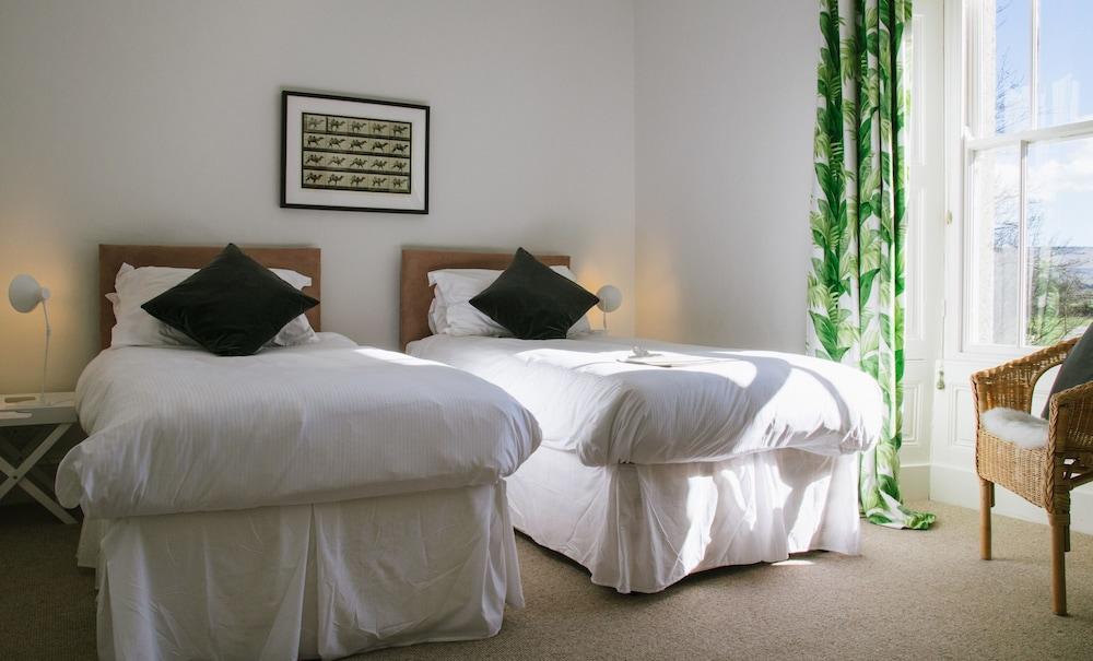 브라운버 홀(Brownber Hall) Hotel Image 15 - Guestroom
