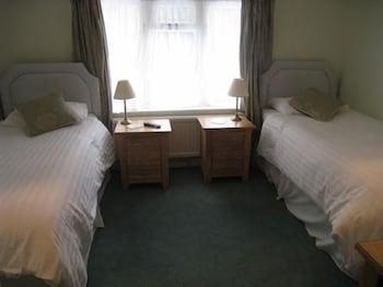 실버우드 로지 게스트 하우스(Silverwood Lodge Guest House) Hotel Image 2 - Guestroom