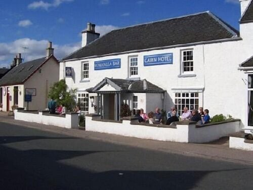 . Cairn Hotel