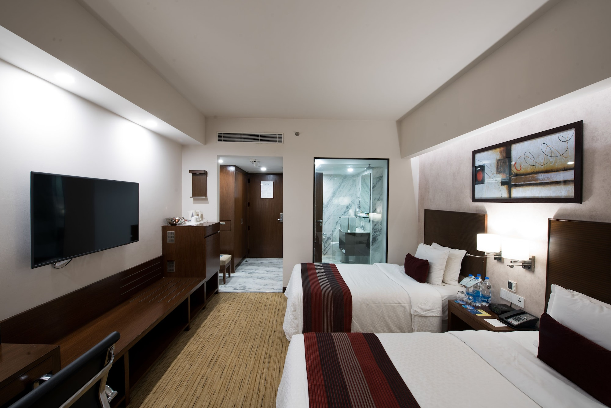 Four Points by Sheraton Hotel & Serviced Apartments, Pune, Pune