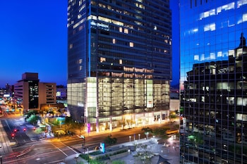 Hotel - The Westin Phoenix Downtown