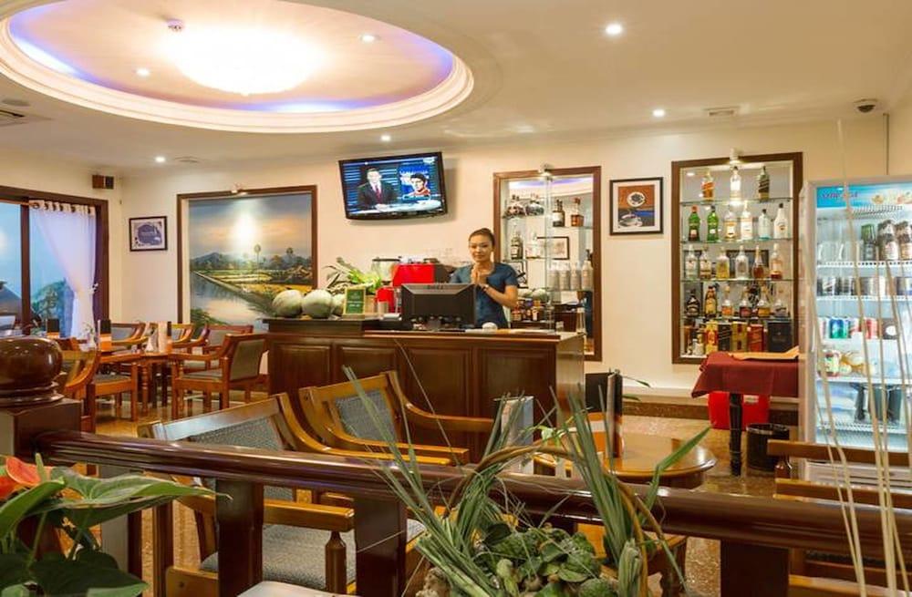 Cardamom Hotel Apartment Phnom Penh Qantas Hotels Australia