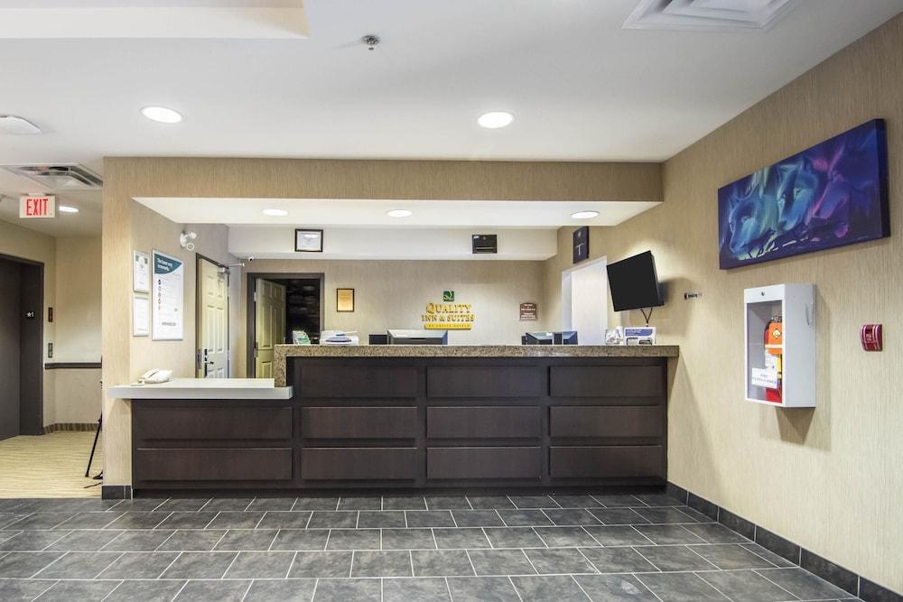 서버번 익스텐디드 스테이 호텔(Quality Inn & Suites Thompson) Hotel Image 2 - Reception