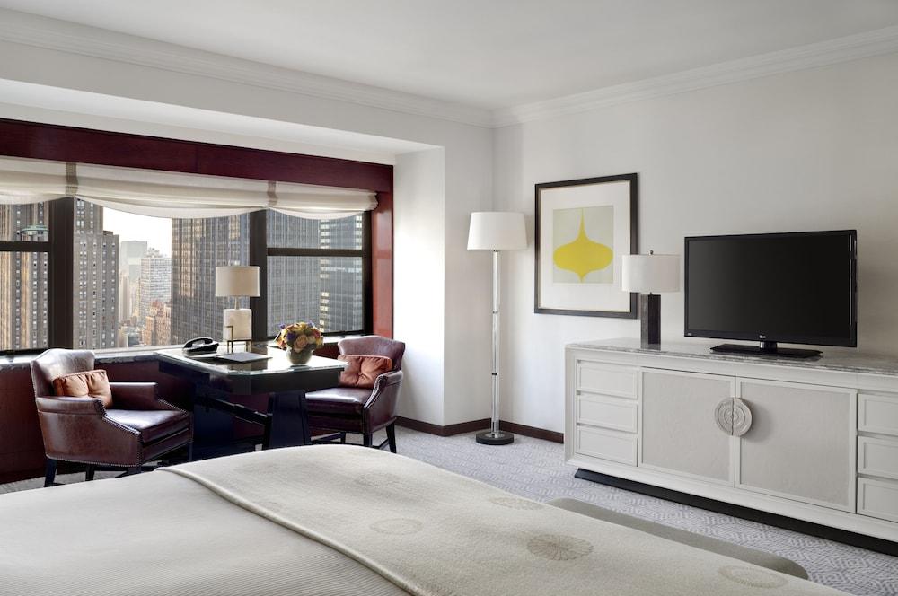 Suite, 2 Bedrooms, Tower (Corner)