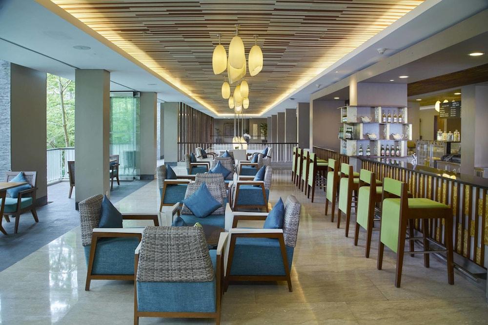 코트야드 바이 메리어트 발리 누사 두아 리조트(Courtyard by Marriott Bali Nusa Dua Resort) Hotel Image 51 - Cafe