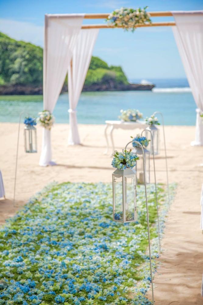 코트야드 바이 메리어트 발리 누사 두아 리조트(Courtyard by Marriott Bali Nusa Dua Resort) Hotel Image 74 - Beach