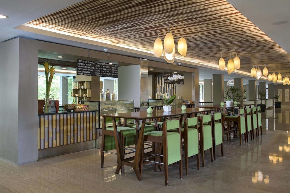 코트야드 바이 메리어트 발리 누사 두아 리조트(Courtyard by Marriott Bali Nusa Dua Resort) Hotel Image 52 - Cafe