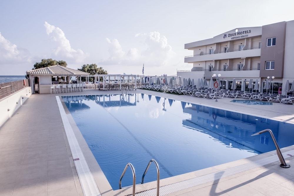 스마트라인 넵투노 비치(smartline Neptuno Beach) Hotel Image 63 - Outdoor Pool