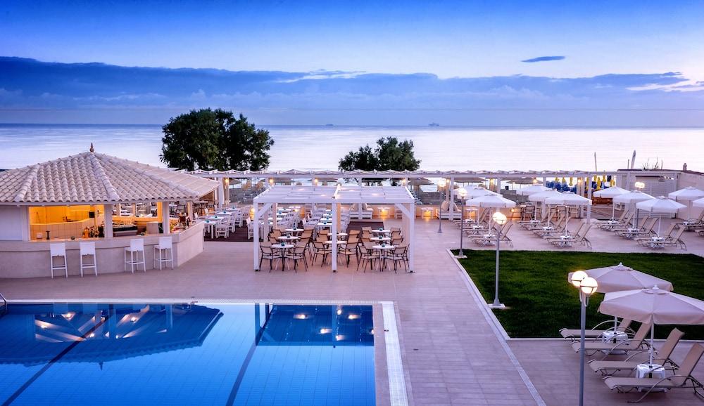 스마트라인 넵투노 비치(smartline Neptuno Beach) Hotel Image 0 - Featured Image