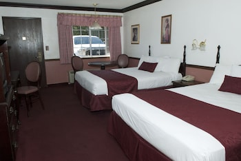 Standard Room, 2 Double Beds, Smoking