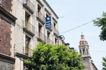 Hotel - Hostal Amigo Suites Downtown