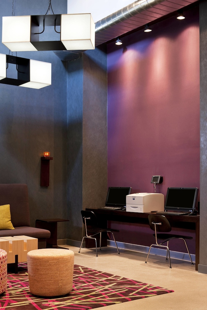 알로프트 뉴욕 브루클린(Aloft New York Brooklyn) Hotel Image 10 - Business Center