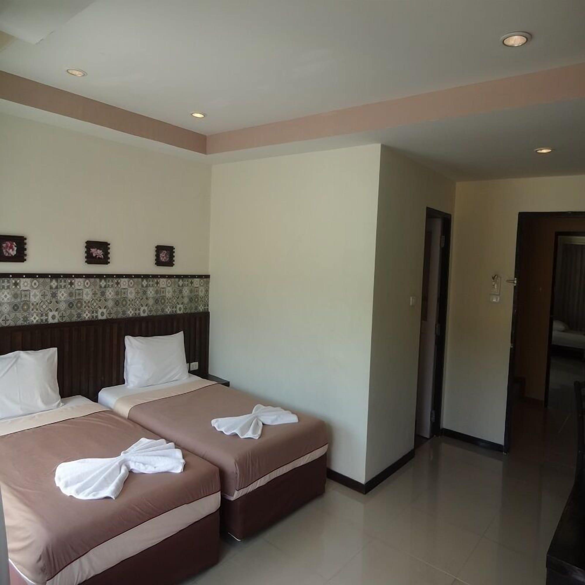 Athome Hotel @Nanai 8, Pulau Phuket