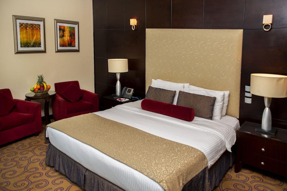センチュリー ホテル